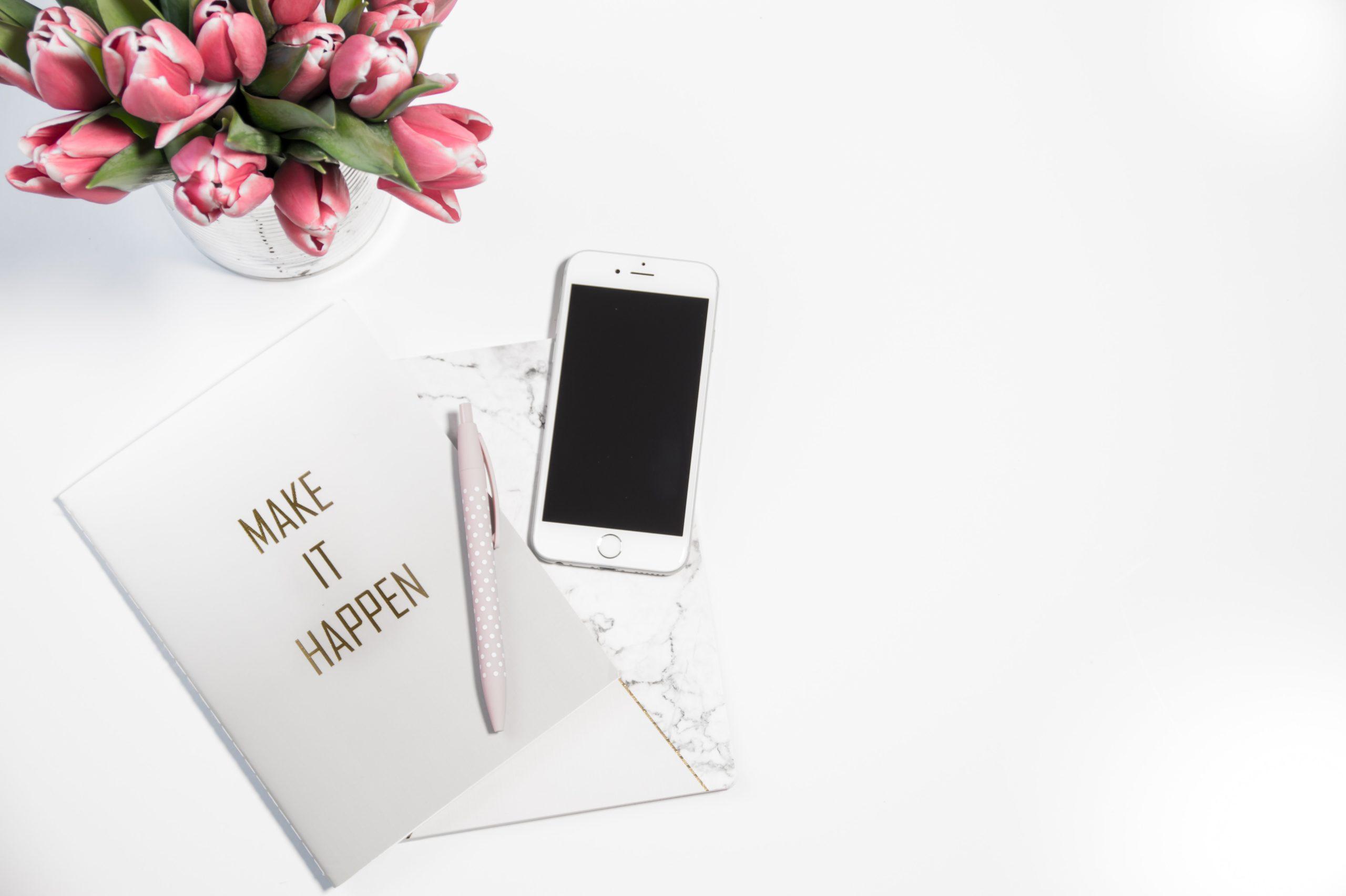 Planificare nunta: TOP 5 aplicatii mobile pentru mirese organizate